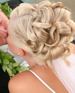 bridal hairdressers Great-Houghton